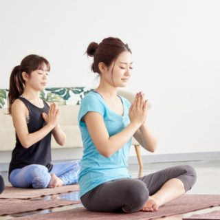 瞑想 イメージ 女性