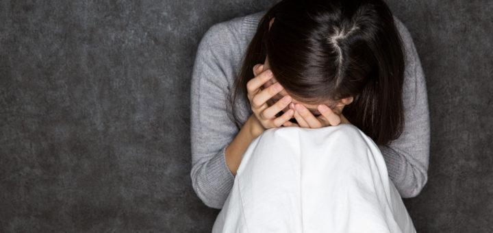 妊活落胆する女性