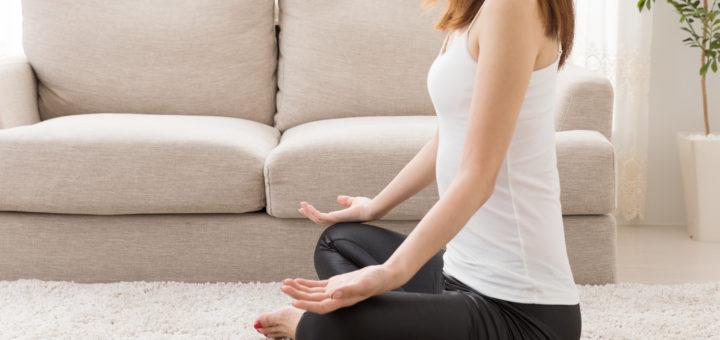 瞑想 メンタルトレーニング女性